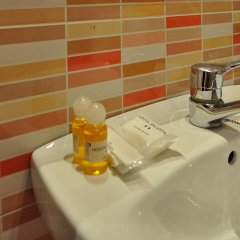 Отель Hostal Ballesta Испания, Мадрид - 3 отзыва об отеле, цены и фото номеров - забронировать отель Hostal Ballesta онлайн ванная фото 2
