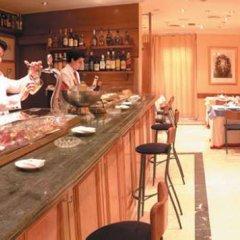 Hotel Suites Barrio de Salamanca гостиничный бар