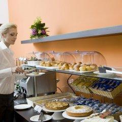 Отель Hilton Garden Inn Lecce Италия, Лечче - 1 отзыв об отеле, цены и фото номеров - забронировать отель Hilton Garden Inn Lecce онлайн питание фото 3