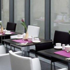 Отель Design Merrion Прага гостиничный бар