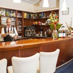 Отель Francis Palace Чехия, Франтишкови-Лазне - отзывы, цены и фото номеров - забронировать отель Francis Palace онлайн гостиничный бар