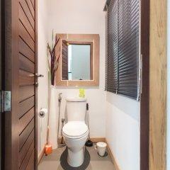 Отель Beachfront Villa Таиланд, пляж Панва - отзывы, цены и фото номеров - забронировать отель Beachfront Villa онлайн ванная фото 2
