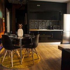 Отель Art Suites Santander гостиничный бар