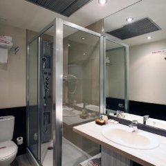 Отель Petit Palace Puerta del Sol ванная фото 2