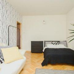 Отель Lucka Rooms - California Dreaming B24.2 Польша, Варшава - отзывы, цены и фото номеров - забронировать отель Lucka Rooms - California Dreaming B24.2 онлайн комната для гостей фото 2