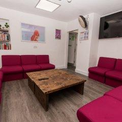 Отель Smart Camden Inn Hostel Великобритания, Лондон - отзывы, цены и фото номеров - забронировать отель Smart Camden Inn Hostel онлайн развлечения