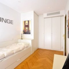 Отель Vienna Residence High-class Luxury Apartment for up to 6 Happy Guests Австрия, Вена - отзывы, цены и фото номеров - забронировать отель Vienna Residence High-class Luxury Apartment for up to 6 Happy Guests онлайн комната для гостей фото 5