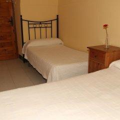 Отель Pension Catedral комната для гостей фото 4