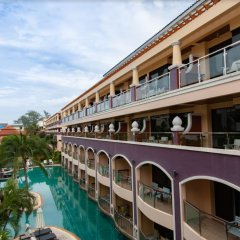 Отель Karon Sea Sands Resort & Spa Таиланд, Пхукет - 3 отзыва об отеле, цены и фото номеров - забронировать отель Karon Sea Sands Resort & Spa онлайн балкон