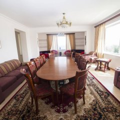 Отель Cross Sevan Villa Армения, Севан - отзывы, цены и фото номеров - забронировать отель Cross Sevan Villa онлайн комната для гостей фото 3