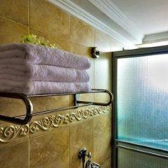 Hotel Bahia Suites ванная
