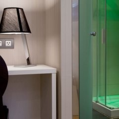 Отель Hostal BCN Ramblas Испания, Барселона - отзывы, цены и фото номеров - забронировать отель Hostal BCN Ramblas онлайн ванная