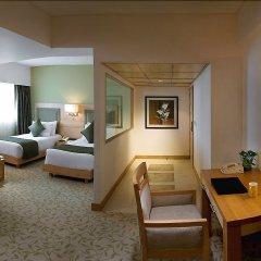 Отель The Suryaa New Delhi удобства в номере фото 2