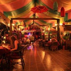 Отель Lanta Pavilion Resort Ланта гостиничный бар