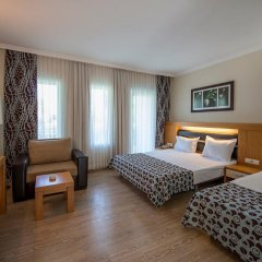 Отель Crystal Flora Beach Resort – All Inclusive комната для гостей фото 4