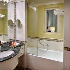 Отель Movenpick Resort and Spa Dead Sea Иордания, Сваймех - 1 отзыв об отеле, цены и фото номеров - забронировать отель Movenpick Resort and Spa Dead Sea онлайн ванная