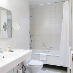 Гранд Отель Эмеральд 5* Улучшенный номер двуспальная кровать фото 2