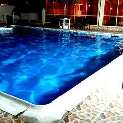 Отель Frsan Plaza бассейн