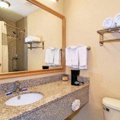 Отель Best Western Auburn/Opelika Inn США, Опелика - отзывы, цены и фото номеров - забронировать отель Best Western Auburn/Opelika Inn онлайн ванная