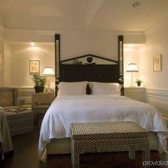 Отель Hassler Roma сейф в номере