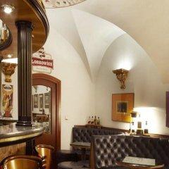 Отель Royal Ricc Брно гостиничный бар