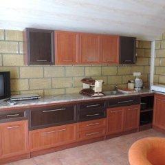 Отель Sevan Lake Cottages в номере