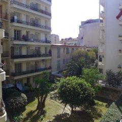 Отель Le Victor Hugo балкон