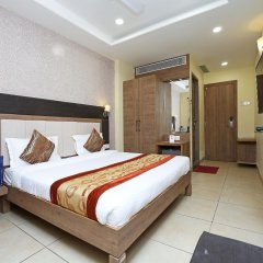 Capital O 1547 Hotel The Oasis in Bhopal, India from 36$, photos, reviews - zenhotels.com guestroom
