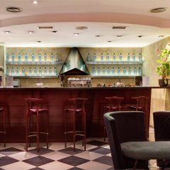 Hotel Silken Rona Dalba гостиничный бар