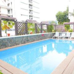 Bhiman Inn Hotel бассейн фото 2