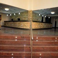 Stonehedge Hotel интерьер отеля