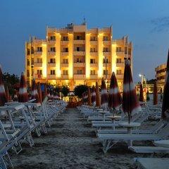 Hotel Life Римини пляж