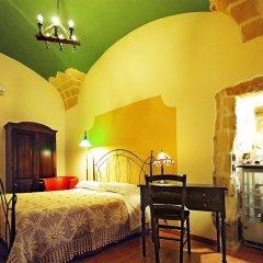 Отель Michelangelo B&B Лечче комната для гостей