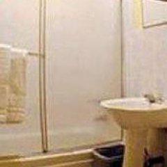 Отель Sky Hostel - Shared Bath США, Нью-Йорк - отзывы, цены и фото номеров - забронировать отель Sky Hostel - Shared Bath онлайн