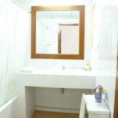 Отель Poonchock Mansion Таиланд, Бангкок - отзывы, цены и фото номеров - забронировать отель Poonchock Mansion онлайн ванная фото 2