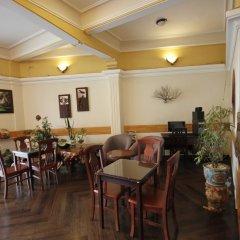 Отель Binh Yen Hotel Вьетнам, Далат - 1 отзыв об отеле, цены и фото номеров - забронировать отель Binh Yen Hotel онлайн питание фото 2