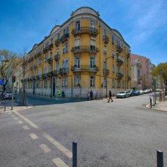 Отель Chalet D Ávila Guest House Лиссабон спортивное сооружение
