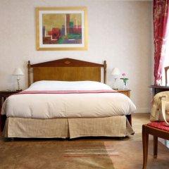 Отель Warwick Reine Astrid - Lyon Франция, Лион - 2 отзыва об отеле, цены и фото номеров - забронировать отель Warwick Reine Astrid - Lyon онлайн комната для гостей фото 4