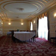 Отель Grand Hotel Aranybika Венгрия, Дебрецен - 8 отзывов об отеле, цены и фото номеров - забронировать отель Grand Hotel Aranybika онлайн помещение для мероприятий
