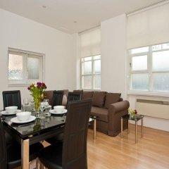 Апартаменты My Apartments Knightsbridge Лондон в номере