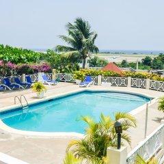 Отель Relax Resort бассейн фото 2