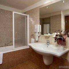 Forum Hotel (ex. Central Forum) София ванная
