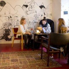 Отель Globalhagen Hostel Дания, Копенгаген - отзывы, цены и фото номеров - забронировать отель Globalhagen Hostel онлайн интерьер отеля фото 3