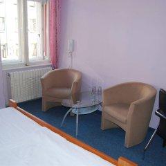 Отель Club Hotel Praha Чехия, Прага - 2 отзыва об отеле, цены и фото номеров - забронировать отель Club Hotel Praha онлайн комната для гостей фото 3