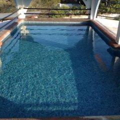 Отель Arturo's бассейн фото 3