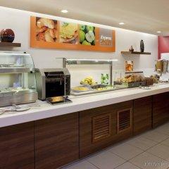 Отель Holiday Inn Express London - Dartford питание