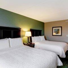 Отель Hampton Inn by Hilton Toronto Airport Corporate Centre Канада, Торонто - отзывы, цены и фото номеров - забронировать отель Hampton Inn by Hilton Toronto Airport Corporate Centre онлайн комната для гостей фото 3