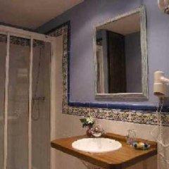 Отель Apartamentos La Luna Сос-дель-Рей-Католико ванная фото 2