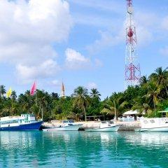 Отель Holiday Cottage Мальдивы, Северный атолл Мале - отзывы, цены и фото номеров - забронировать отель Holiday Cottage онлайн пляж фото 2