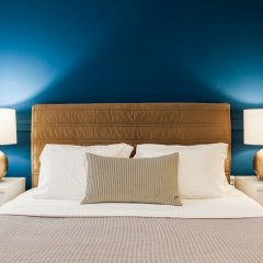 Апартаменты Monastiraki Apartments by Livin Urbban комната для гостей фото 4